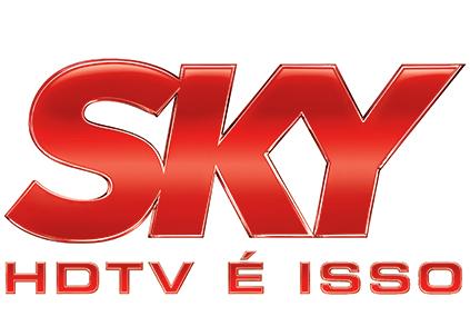 """""""Optamos pelo vermelho, uma cor quente, próxima"""", afirma Marcelo Miranda, na construção da marca SKY"""