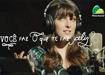 Campanha de 2013 fez sucesso com trilha cantada por Clarice Falcão