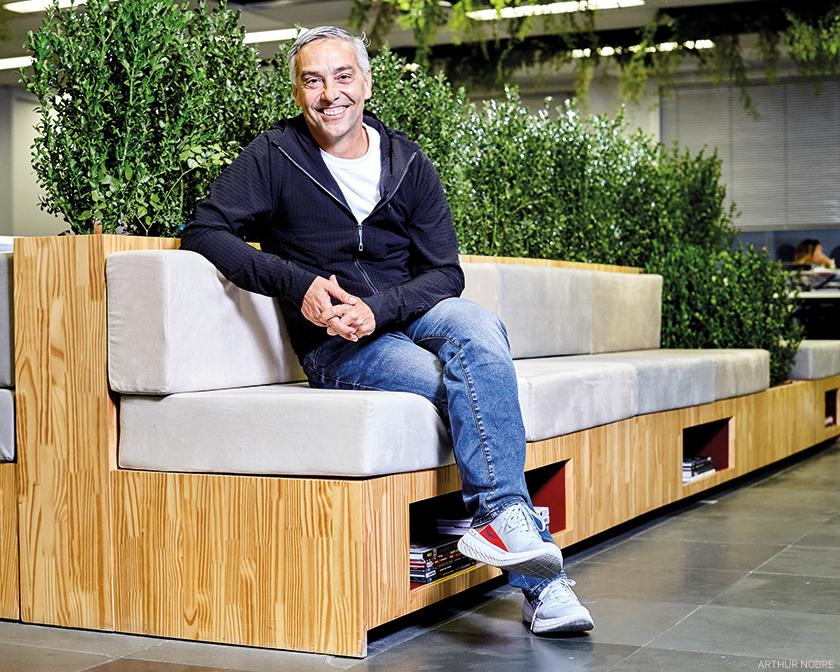 """""""Saímos da compra por impulso para a compra por propósito"""", analisa José Henrique Borghi, consultor criativo da marca Cacau Show"""